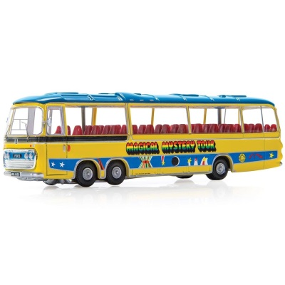 1/76 The Beatles Magical Mystery Tour Bus