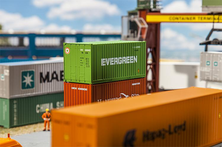 HO 20' Container - EVERGREEN