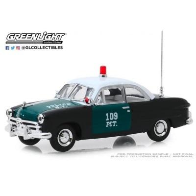 1/43 1949 Ford- NYPD Green/White