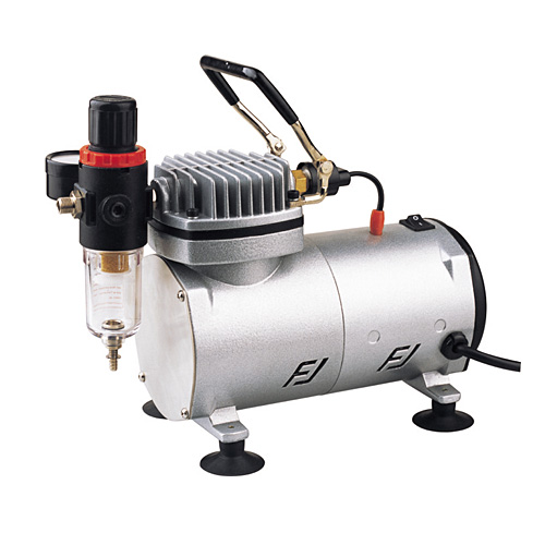 Air Compressor with moisture trap