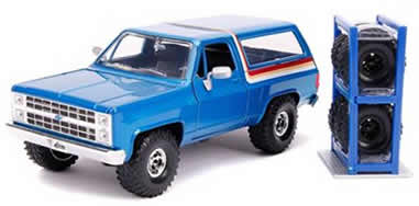 1/24 1980 Chevrolet Blazer Blue Metallic with Stripes with Extra Wheels