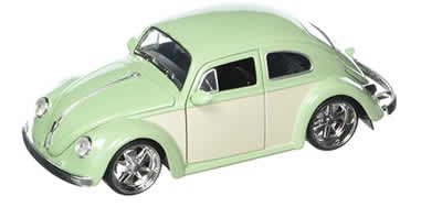 1/24 1959 Volkswagen Beetle Light Green & Cream