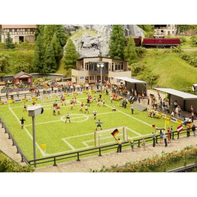HO Football Pitch w/Clubhouse, Sound
