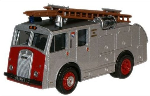 1/76 Dennis F8 Fire Engine