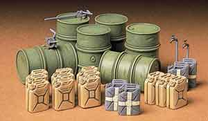 1/35 German Fuel Drum Set