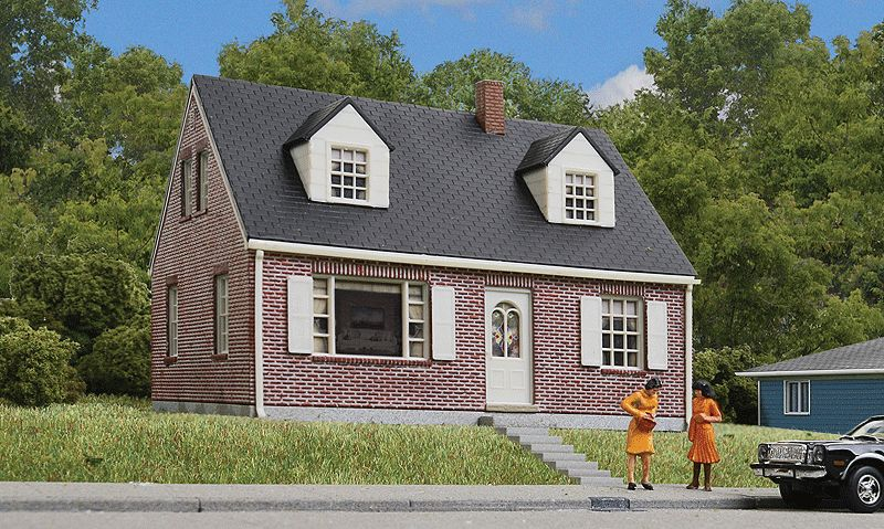 HO Brick Cape Cod House