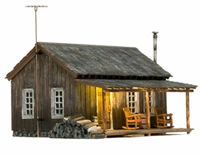 HO Rustic Cabin (lighted)